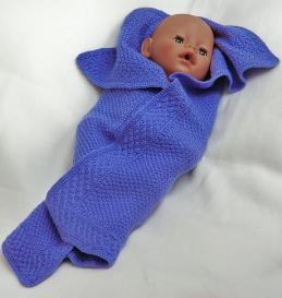 dollknittingpatterns - 0086d sofia - doll blanket
