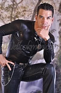 alonso c. shiny jeans