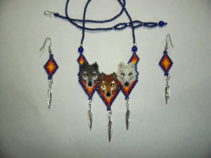 brick stitch 3 wolves delica seed beading pendant pattern-448
