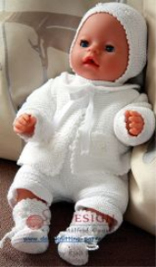 DollKnittingPatterns0005D LITTLE BABYDOLL - Cardigan, Bonnet, Chaussons, Pantalon et Body-(Francais) | Crafting | Knitting | Baby and Child