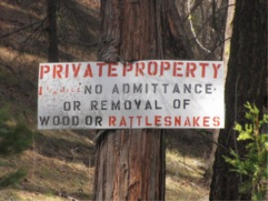 oregon rattlesnake sign