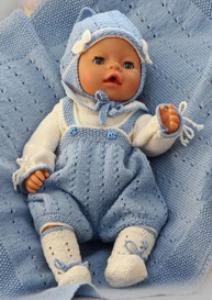 dollknittingpattern 0137d kasper  jurk, broekje, vestje, hoedje en schoentjes-(nederlands)