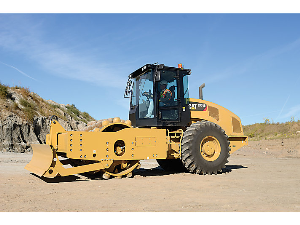 CAT Soil Compactor on the Job | Photos and Images | Technology