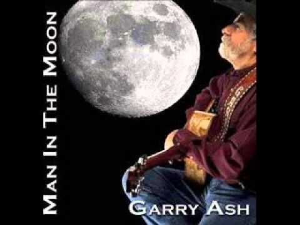 ga_man in the moon