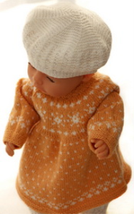 dollknittingpatterns 0148d fredrikke - kjole, strømpebukse, lue, sko og skjerf-(norsk)