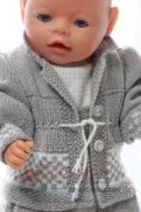 DollKnittingPatterns 0151D VILDE - Skjørt, bak-knappet genser, truse, jakke, lue og sko-(Norsk) | Crafting | Knitting | Other