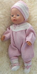 DollKnittingPatterns 0155D BETSY - Pakje met korte beentjes, Muts en sokjes-(Nederlands) | Crafting | Paper Crafting | Other