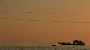 persian gulf | sunset and the ship