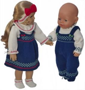 dollknittingpatterns 0184d julie & julian -skjørt, bluse, truse, hårbånd, sko, bukse, genser og sko-(norsk)
