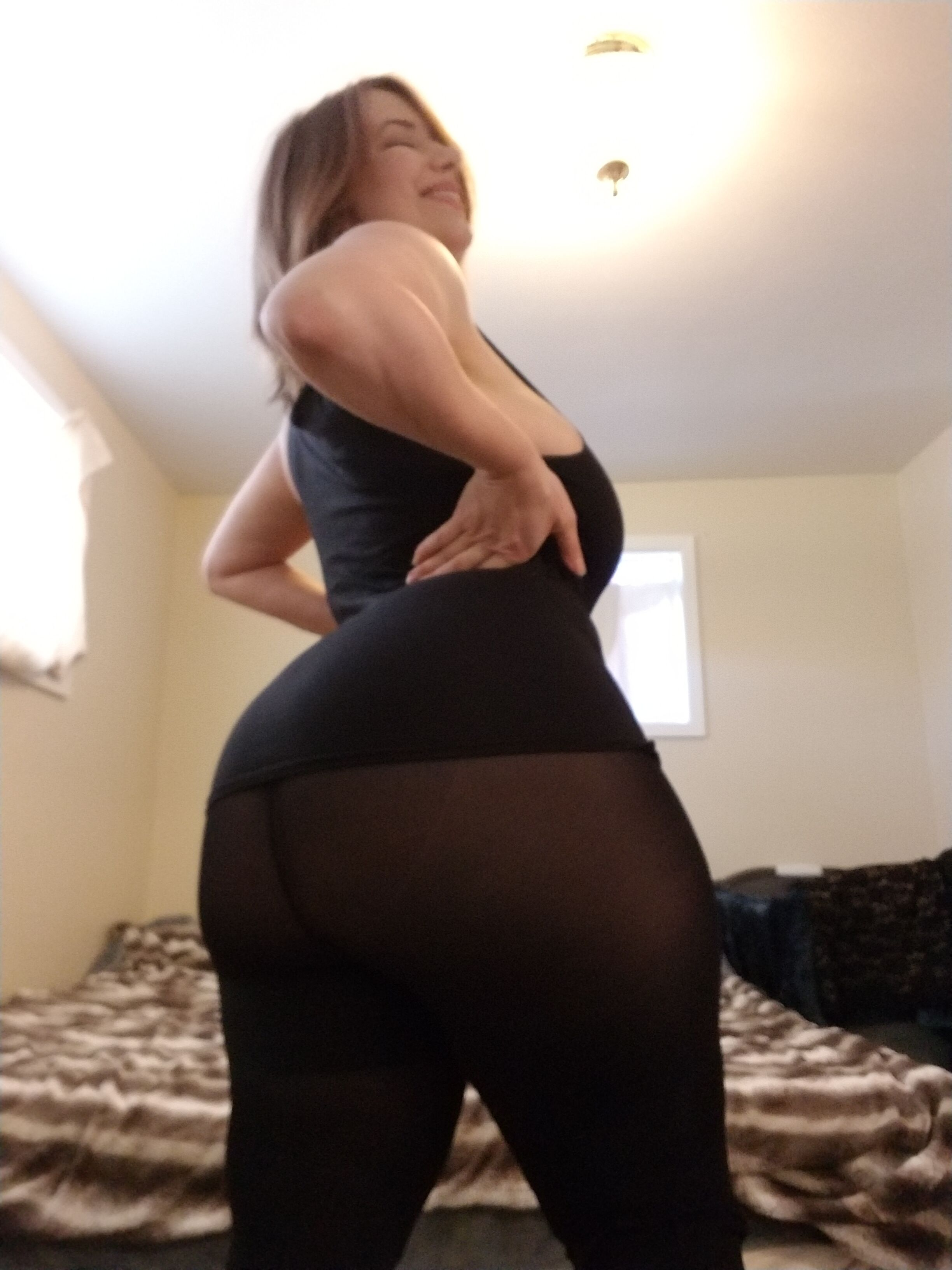 Mal Malloy Breaking leggings | Movies and Videos | Other