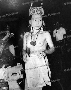 Beautiful Kenyah dancer, 1952 | Photos and Images | Travel