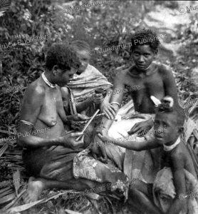 Girls tattooing on Lolowai¨ Island, Vanuatu, Felix Speiser, 1911 | Photos and Images | Travel