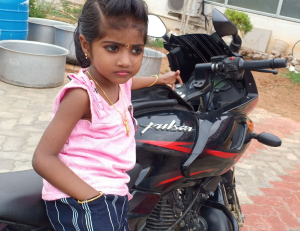 girl 4 years