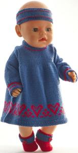 dollknittingpatterns 0215d erle - jurk, broek, haarband en  schoentjes-(nederlands)