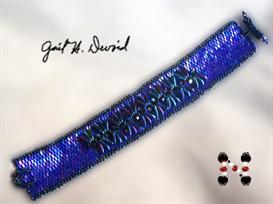 dagger embellished seed bead bracelet
