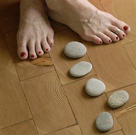 ayurvedic foot oil massage